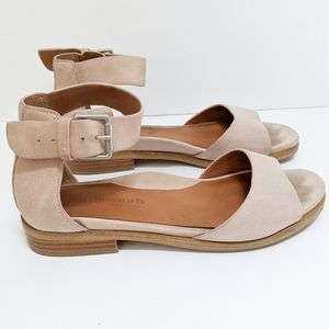 Kenneth Cole Gentle Souls Gracey Suede Sandals 8.5